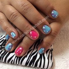 www.nailsbytashad.com  Instagram: nailsbytashad  #nailart #nailtrends #gelmanicure pretty blue and pink gel manicure with polka dots as nail art