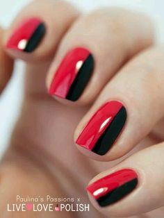 ideas for black and red nails – Page 5 of 6 If you are classic and you love feminine manicures, you should do the most easy manicure. Divide each nail in half and paint them black and red. Black Nail Designs, Nail Art Designs, Nails Design, Dots Design, Red Design, Design Art, Design Ideas, Simple Elegant Nails, Simple Nails