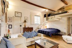 Margutta Studio apartment Spanish steps  Size: 55m2, accommodates: 3. Price per night: 145€