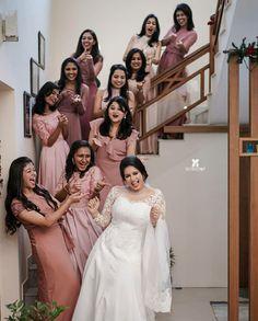 Bridesmaids, Bridesmaid Dresses, Wedding Dresses, Christian Bride, Girly Phone Cases, Wedding Photos, Wedding Day, Bride Poses, Bridal Collection