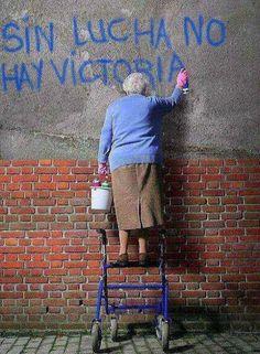 Sin lucha no hay victoria | Anonymous ART of Revolution