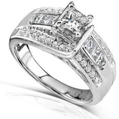 https://ariani-shop.com/princess-and-round-diamond-engagement-ring-7-8-carat-ctw-in-14k-white-gold Princess and Round Diamond Engagement Ring 7/8 Carat (ctw) in 14k White Gold