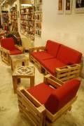 22 estupendos sillones y sofás hechos de palets de madera
