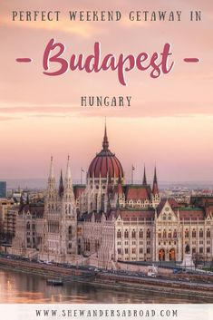 Are you planning to spend a weekend in Budapest? Plan your trip according to this perfect 2 day Budapest itinerary to see the most of Budapest! Backpacking Europe, Europe Travel Guide, Europe Destinations, Travel Guides, Travel Abroad, Travel Advice, Budapest Things To Do In, Architecture Design, Hungary Travel