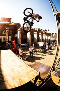 Check out this highlight video and photogallery from BMX Day in Johannesburg, South Africa! Amazing riding, good times and great spots! Mountain Biking Quotes, Mountain Biking Women, Mountain Bike Accessories, Cool Bike Accessories, Mongoose Mountain Bike, Folding Mountain Bike, Bike Photography, Action Photography, Cycling Bikes