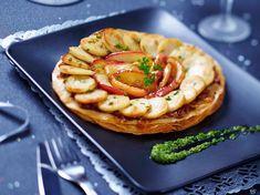 Découvrez la recette Tarte fine de boudin blanc aux pommes sur cuisineactuelle.fr.