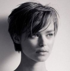 Top 20 most beautiful short hairstyles on iconicfrench.com