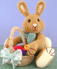 Crochet Rabbit FREE Amigurumi Easter Bunny Crochet Pattern and Tutorial by Sue Pendleton - Easter Bunny Crochet Pattern, Crochet Amigurumi Free Patterns, Cute Crochet, Crochet Dolls, Ravelry Crochet, Crochet Rabbit Free Pattern, Amigurumi Tutorial, Beautiful Crochet, Crochet Baby