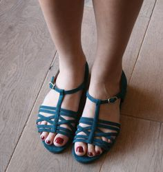 GIPSY :: SANDALS :: CHIE MIHARA SHOP ONLINE