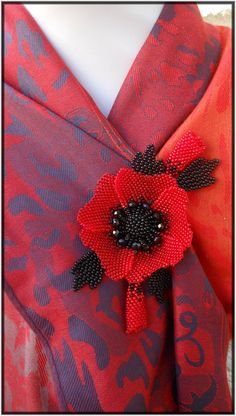 "Beaded Brooch ""Red Poppy"""