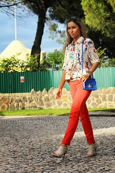 look do dia, ootd, outfit, look of the day, splatter paint, shirt, zara, jeans, azul cobalto, camisa, mullet cut, camisa corte mullet, verme...