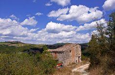 The abandoned farmhouse - San Terenziano, Perugia, Umbria Italy