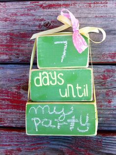 Small Chalkboard Countdown Wood Blocks by GiftsbyGaby on Etsy