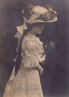 Edwardian hat and dress 1907