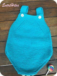 lele a punto bobo How To Start Knitting, Knitting For Kids, Baby Knitting Patterns, Baby Patterns, Baby Overalls, Baby Pants, Baby Romper Pattern, Hippie Baby, Diaper Covers