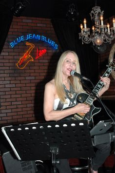 A personal friend performs at Blue Jean Blue Jazz bar