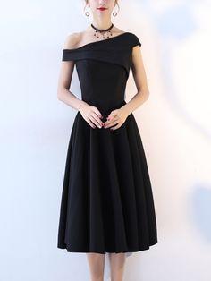 e2c15882cd Black One Shoulder Folded Detail Midi Dress