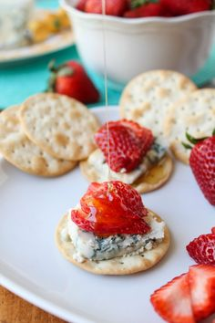 honey-drizzled bleu cheese strawberry bites