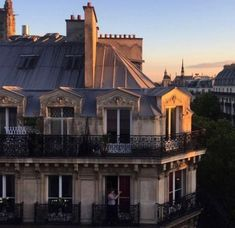 ideas apartment exterior architecture paris france for 2019 City Aesthetic, Travel Aesthetic, Belle Villa, Landscape Photography, Travel Photography, Photography Lighting, Places To Go, Beautiful Places, Scenery