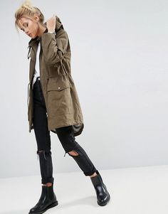 Day Outfit for date ASOS – Sommer-Parka mit Jerseyfutter ASOS – Sommer-Parka mit Jerseyfutter Rainy Day Outfit For School, Outfit Of The Day, Rainy Outfit, Rainy Day Outfit For Spring, Outfits For Rainy Days, Outfits Spring, Winter Outfits, Parka Outfit, Raincoat Outfit