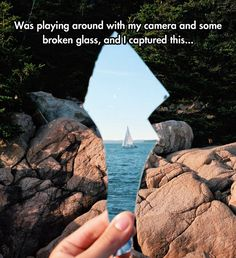 Funny pictures about Broken Glass Illusion. Oh, and cool pics about Broken Glass Illusion. Also, Broken Glass Illusion photos. Creative Photography, Amazing Photography, Photography Tips, Mirror Photography, Reflection Photography, Illusion Photography, Photography Movies, Fashion Photography, Ocean Photography