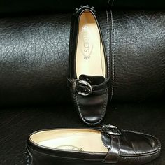 Tod's Leather Driver New without tags . Tod's Shoes Flats & Loafers