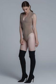 CKONTOVA sleeveless body fits to everything... Nude