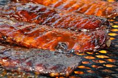 Tasty BBQ ribs cooking on a grill at the Blues, Brews & BBQ Festival in Destin Ribs On Grill, Bbq Ribs, Pork Ribs, Barbecue Sauce, Bbq Beef, Pork Chops, Barbecue Recipes, Grilling Recipes, Gastronomia