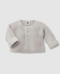 Top-down baby cardigan by Barbara Ajroldi in three sizes. Baby Knitting Patterns, Baby Cardigan Knitting Pattern, Knitted Baby Cardigan, Knitting For Kids, Baby Patterns, Free Knitting, Knitting Tutorials, Cardigan Bebe, Baby Sweaters