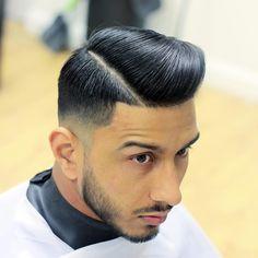 ◼Master Barber Of The Year 2015 ◼Owner Raw : Image Barbershop ◼UK Andis Educator ◼Snapchat: Kieronthebarber ◼YouTube ✂ ⬛