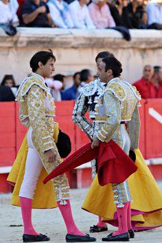 Alternativa de #RocaRey en #Nîmes, apadrinado por #EnriquePonce y con #JuanBautista de testigo. 19/09/2015  #bullfighter #alternative #Perú