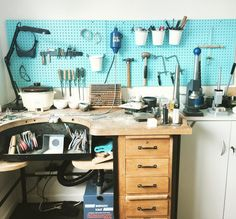 Workbench, home workshop, jewellery bench, bench peg. Tool organisation ideas. Silversmith jewelry designer