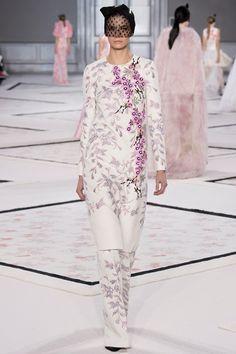 Giambattista Valli - Haute Couture Spring Summer 2015 - Shows - Vogue.it