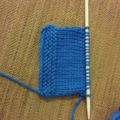 Ça fait du bien de tricoter quelques rangs :-) 2 semaines complètes sans tricoter... #phildarpartner6 #phildar #tricot #tricoter #knit #knitting #blog #mrmoussetricote #teamtricot #pointmousse #laine #shareyourknits #instatricot #tricotaddict #wool #tricoteur #knitaddict #instaknits #DIY #tricotercestcool #knitiscool #jaimetricoter #iloveknit #knittersofinstagram by mrmoussetricote