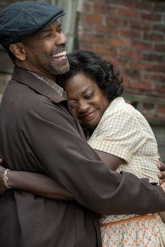 Fences Movie Denzel Washington and Viola Davis Image 5 (20)
