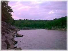 Oologah Lake, OK - Oologah Lake provides a great getaway for fishing, boating, picnicking, camping or just driftin' and. Oklahoma Lakes, Here Be Dragons, Nice Place, World's Biggest, Boating, Places To Travel, Places Ive Been, Picnic, Fishing