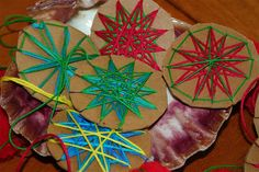 Moment to Moment: Christmas projects Art For Kids, Crafts For Kids, Arts And Crafts, 4 Kids, Children, Eid Crafts, Holiday Crafts, Weaving Projects, Art Projects