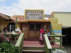 Places to eat in Haleiwa Town, North Shore Oahu
