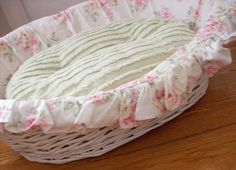 Uberlegen Shabby Chic Dog Bed   Maltese Dogs Forum : Spoiled Maltese Forums