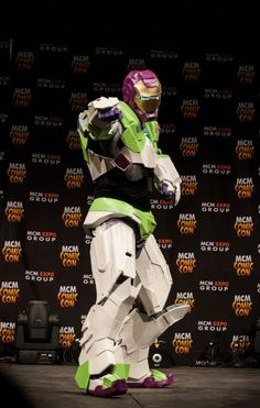 A Buzz Lightyear Iron Man cosplay. This is crazy. Creative Costumes, Cool Costumes, Cosplay Costumes, Costume Ideas, Epic Cosplay, Amazing Cosplay, Anime Cosplay, Cosplay Ideas, Be My Hero