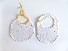 Pintura en Tela: Rotuladores Baby Shoes, Textiles, Creative, Blog, Pintura, Baby Boy Shoes, Blogging, Fabrics, Textile Art