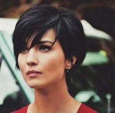 Short Straight Black Wig Synthetic Cosplay Wigs Natural Looking Wig for Women - New Hair Styles Short Pixie Haircuts, Short Hairstyles For Women, Messy Hairstyles, Straight Hairstyles, Pixie Bob, Natural Hairstyles, Black Hairstyles, Layered Hairstyles, Bob Haircuts