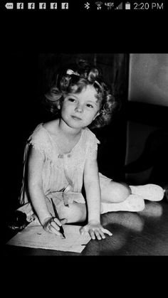 Little Shirley signs a big contract 1934