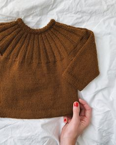 Ravelry: Harald's Sweater pattern by PetiteKnit Knitting For Kids, Baby Knitting, Knitting Ideas, Baby Toms, Elastic Thread, Knit In The Round, Circular Needles, Sweater Knitting Patterns, Pullover