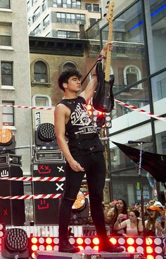 "There was basically all of Calum's arm-raising, skinny-jean-wearing, tear-inducing beauty. | 28 Life-Changing Things That Happen When 5SOS Performs At The ""Today"" Show"