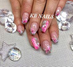 rosa airbrush nails