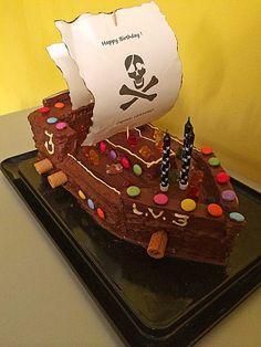 Die 38 Besten Bilder Von Piratenkuchen Pirate Ship Cakes Pirate