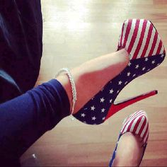 Allie D, i think we need to have these for the 4th, and everyday life! USA heels, AMERICA