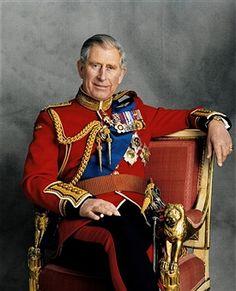 Prince Charles, Duke of Wales, born November 1948 - married: Lady Diana Spencer, divorced. Descended>Elizabeth II>George VI>George V. Kate Und William, Charles And Diana, Prince William, King Charles, George Vi, Baby George, Princesa Diana, Costumes En Tweed, Prinz Philip
