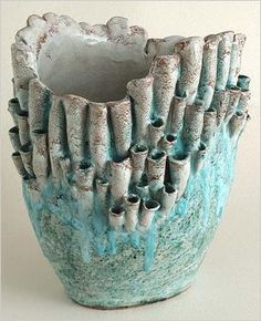 Italian Ceramics by Wanda Fiscina - recreating natural textures in clay could be a cool lesson